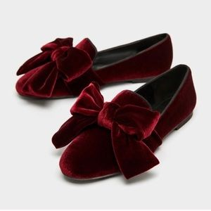 New Zara Burgundy Velvet Loafer with Bow